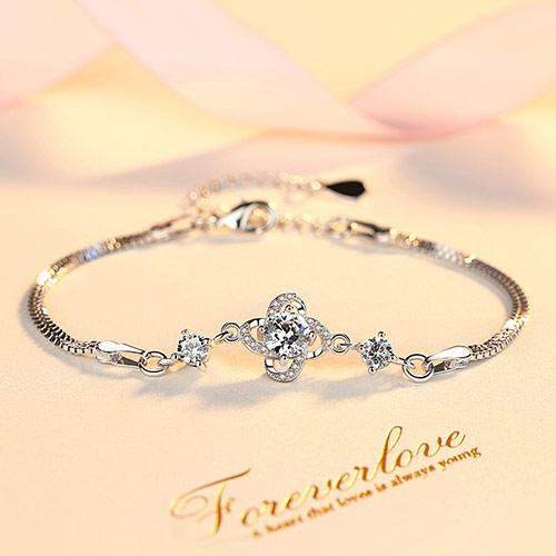 浪漫之心纯银手链