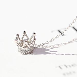 心跳皇冠镶钻项链