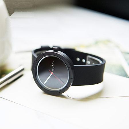 时尚果冻女生手表