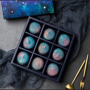 雕花巧克力月饼礼盒