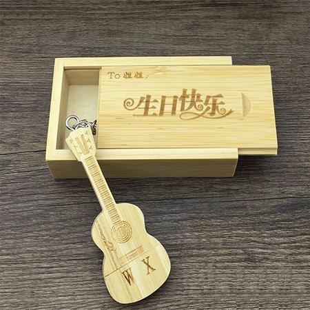 DIY吉他刻字U盘