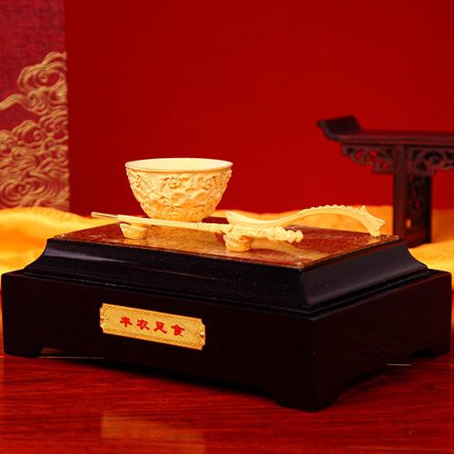 沙绒金龙凤碗筷摆件