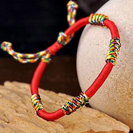 开运护身本命年红绳手链