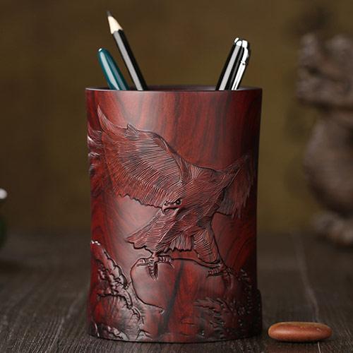 红檀木莲花笔筒