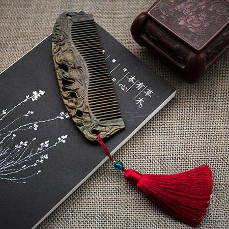 绿檀木鸳鸯梳子